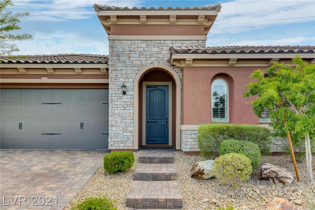 8119 Canyon Grassland Street Property Photo