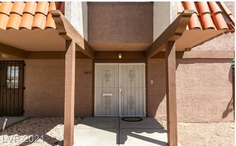 3431 Villa Knolls South Drive #. Property Photo