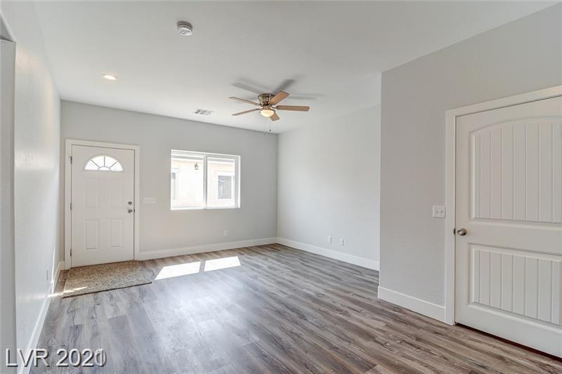 1701 S Dandelion Street #4 Property Photo 1