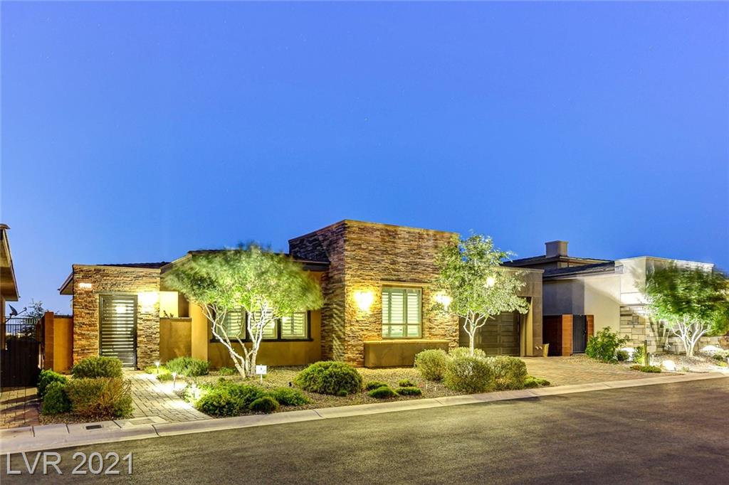6831 Silver Crescent Street Property Photo