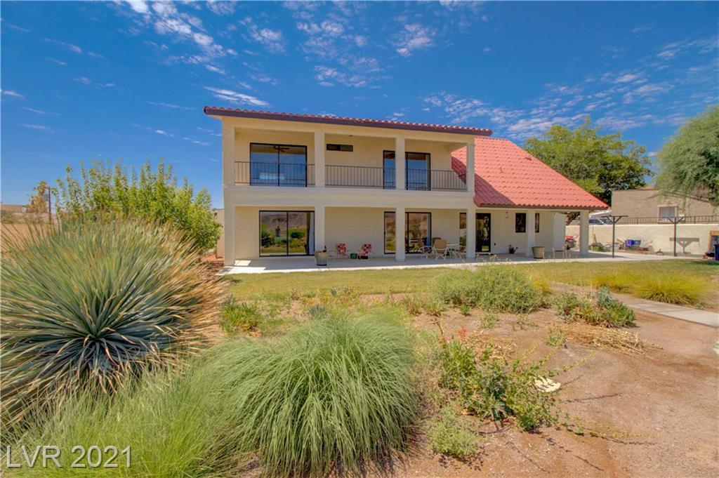 304 Lakeview Drive Property Photo 1