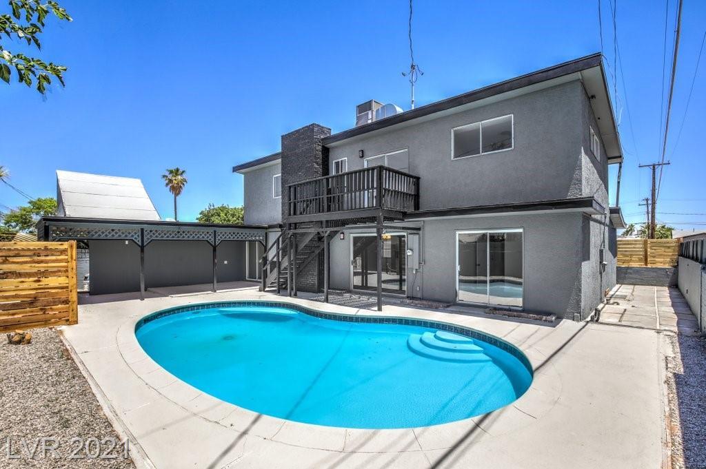 2220 Santa Paula Drive Property Photo