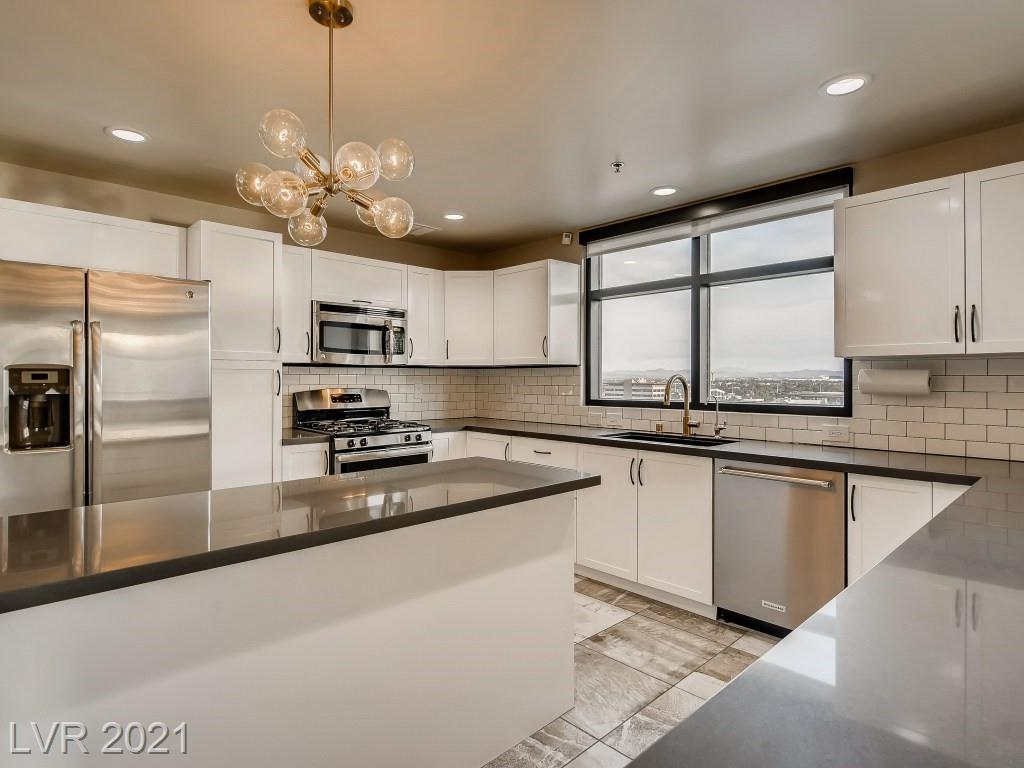 150 Las Vegas Boulevard #1107 Property Photo