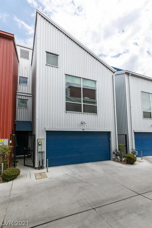 1194 Carson Avenue Property Photo