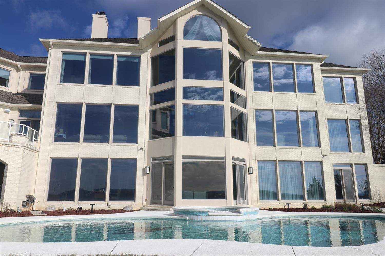 401 Waitsboro Drive Property Photo 4