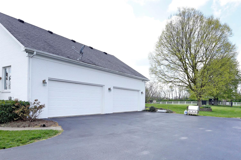 1050 Ashgrove Road Property Photo 40