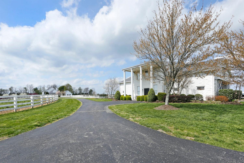 1050 Ashgrove Road Property Photo 43