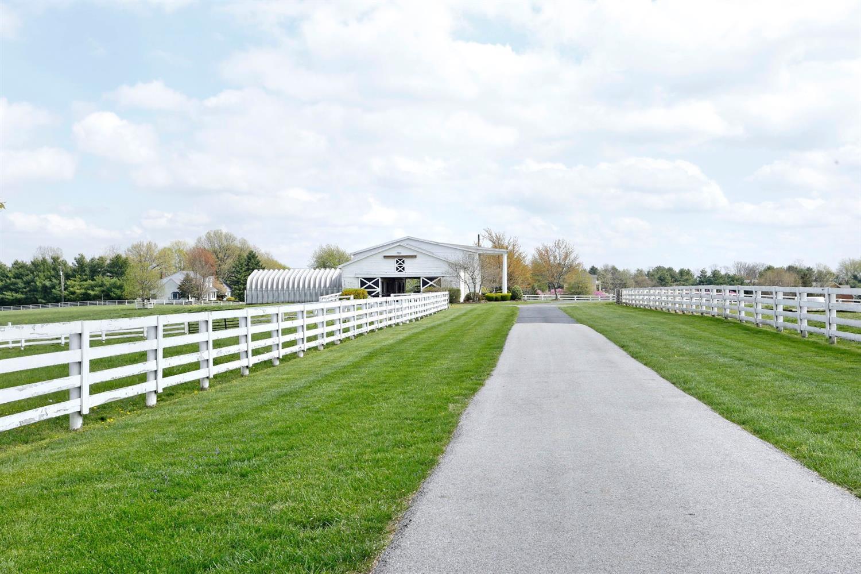 1050 Ashgrove Road Property Photo 55