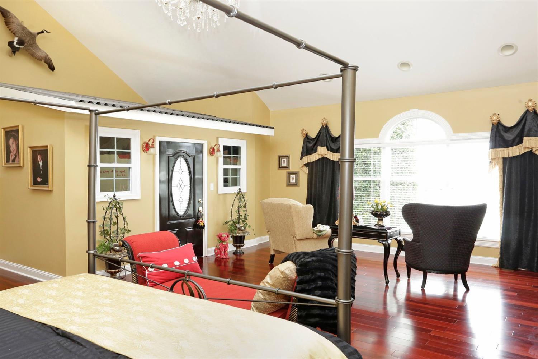 1050 Ashgrove Road Property Photo 15