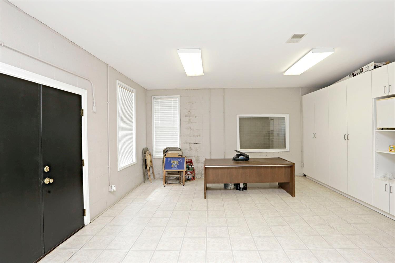 1050 Ashgrove Road Property Photo 45