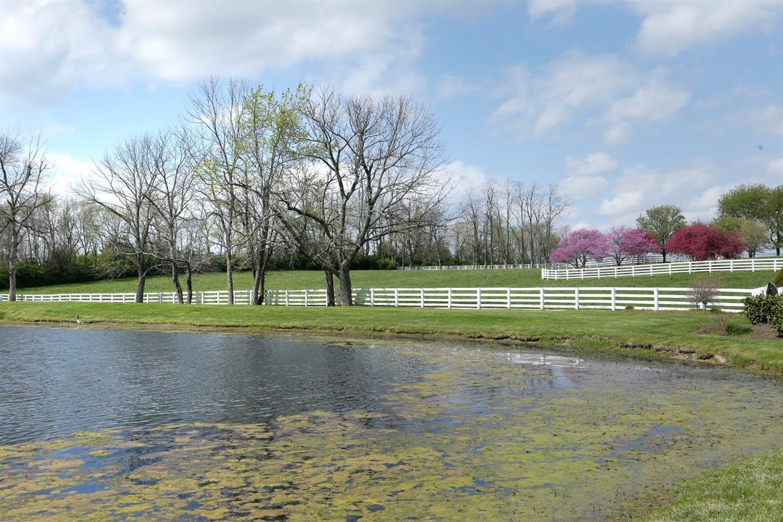 1050 Ashgrove Road Property Photo 57