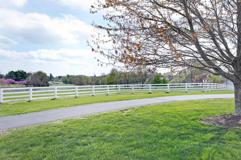 1050 Ashgrove Road Property Photo 63