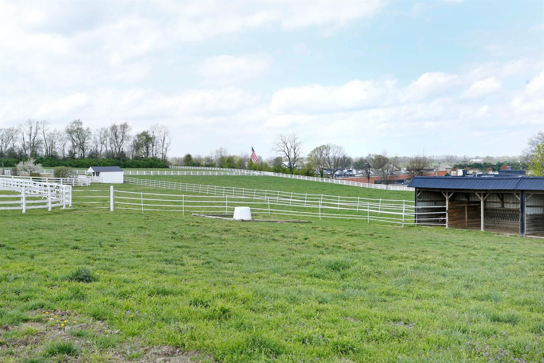 1050 Ashgrove Road Property Photo 64