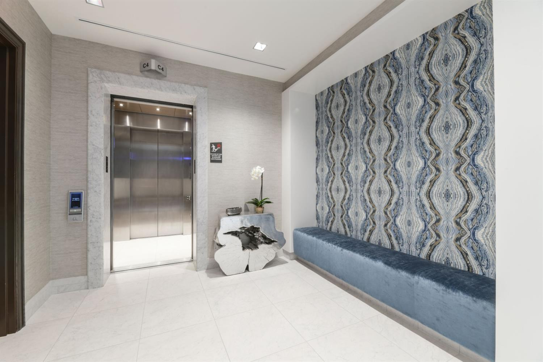 103 South Limestone Property Photo 8