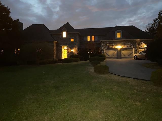 615 Gentry Lane Property Photo 3