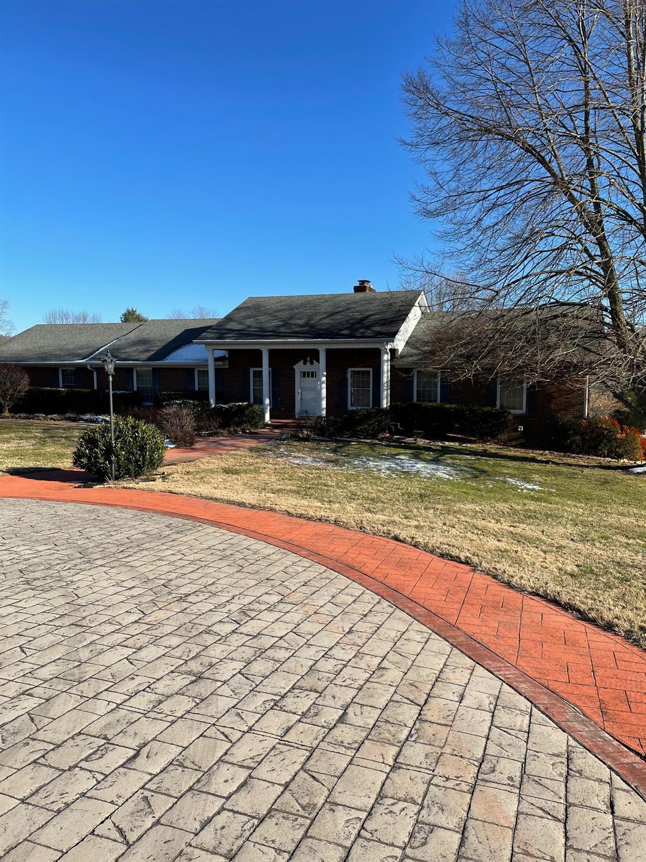 89 Creekside Drive Property Photo 1