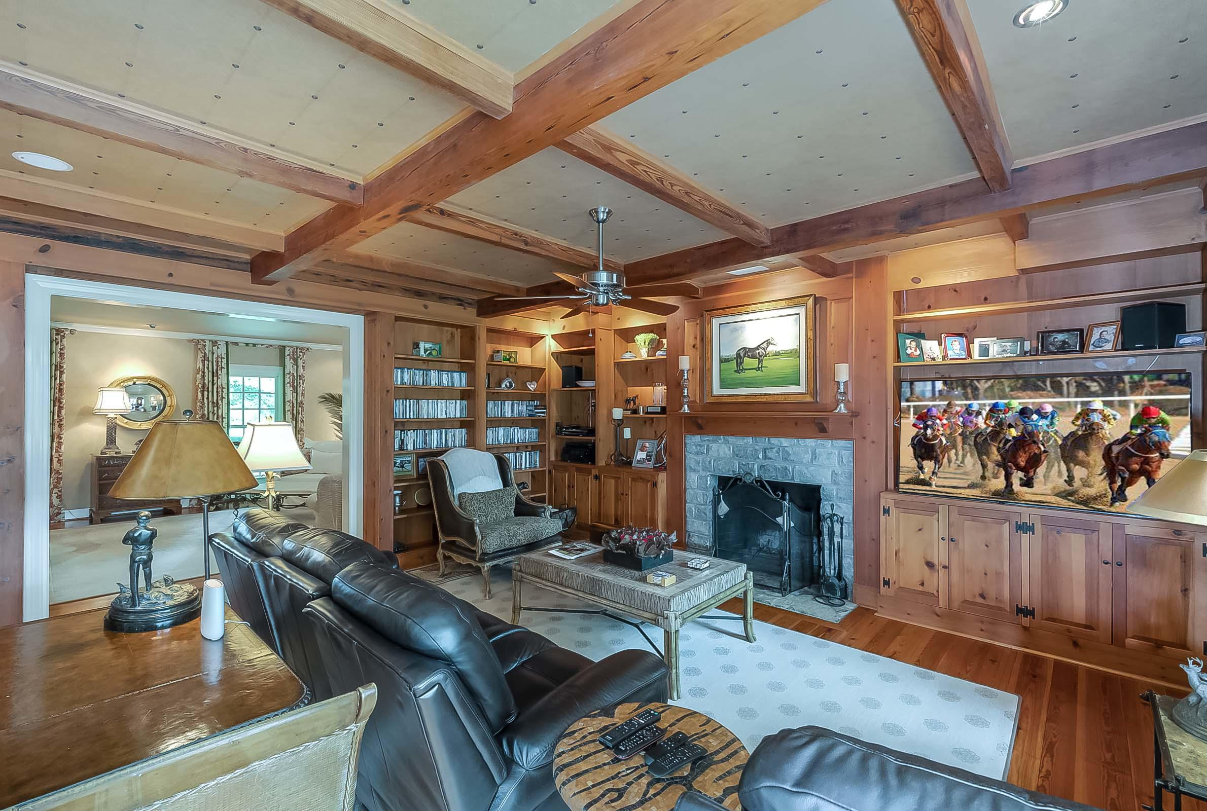 5582 Mt Horeb Pike Property Photo 60