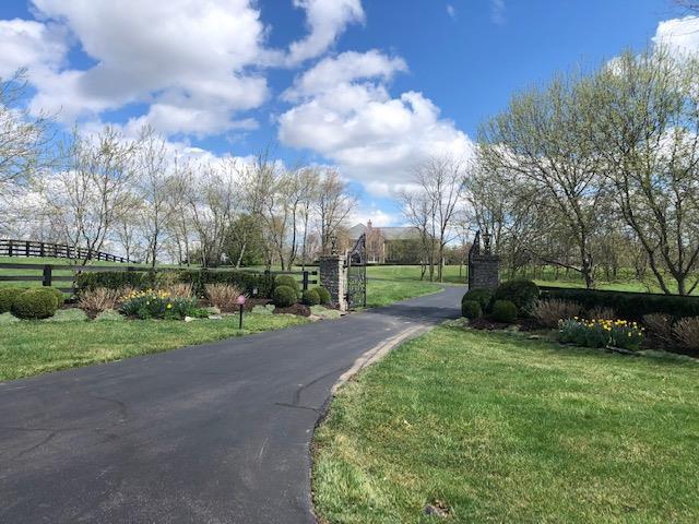 3041 Brookmonte Lane Property Photo 5