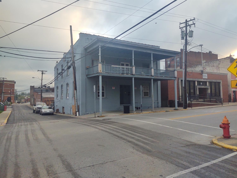 17 Lexington Avenue Property Photo 1