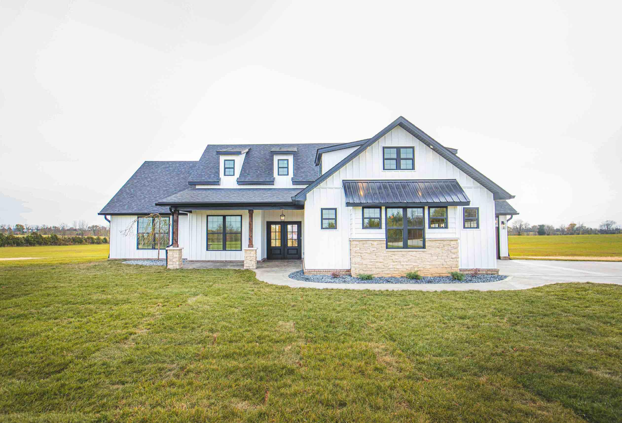 591 Crooksville Road Property Photo 1