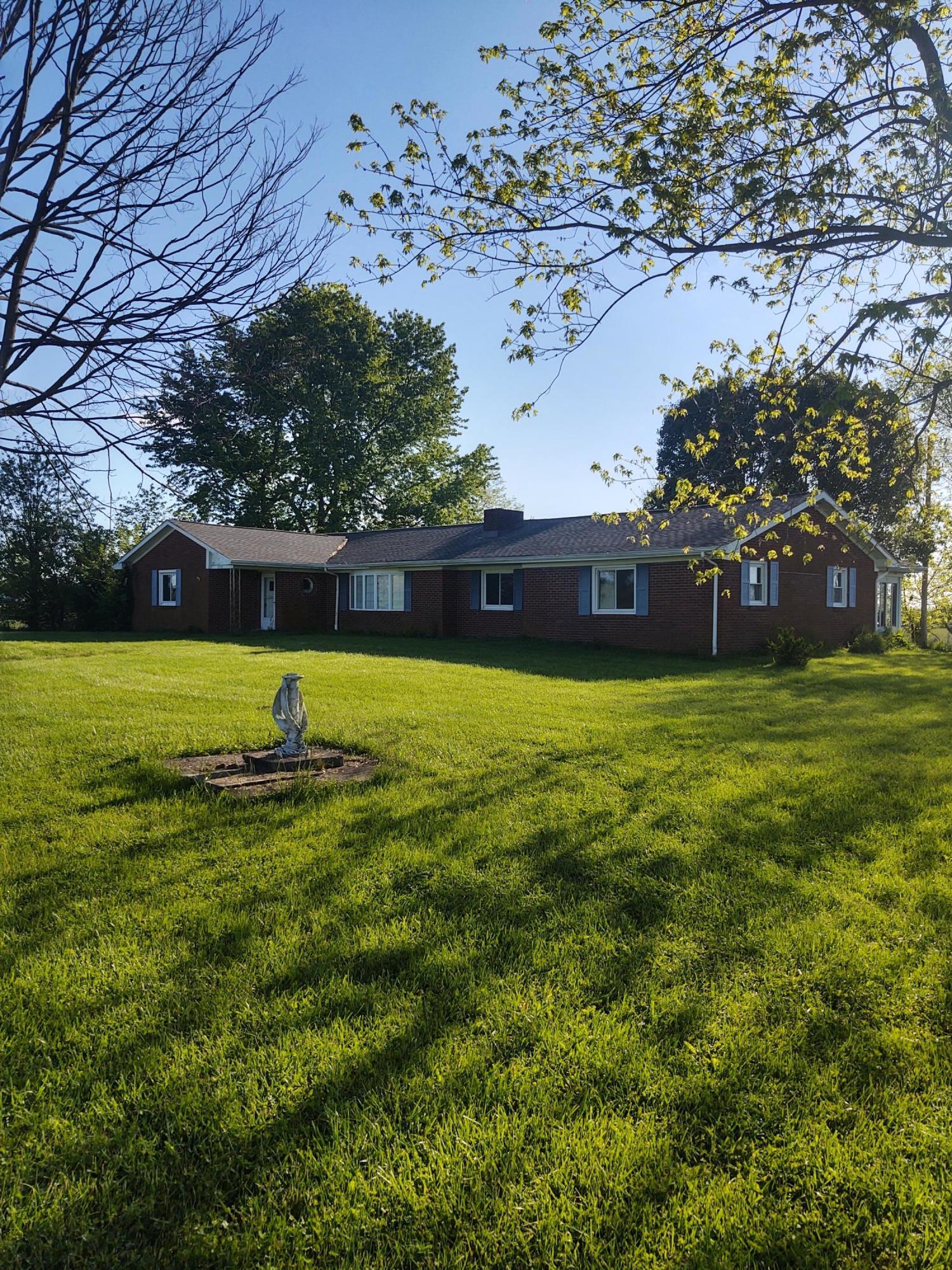 2533 Clintonville Road Property Photo 1