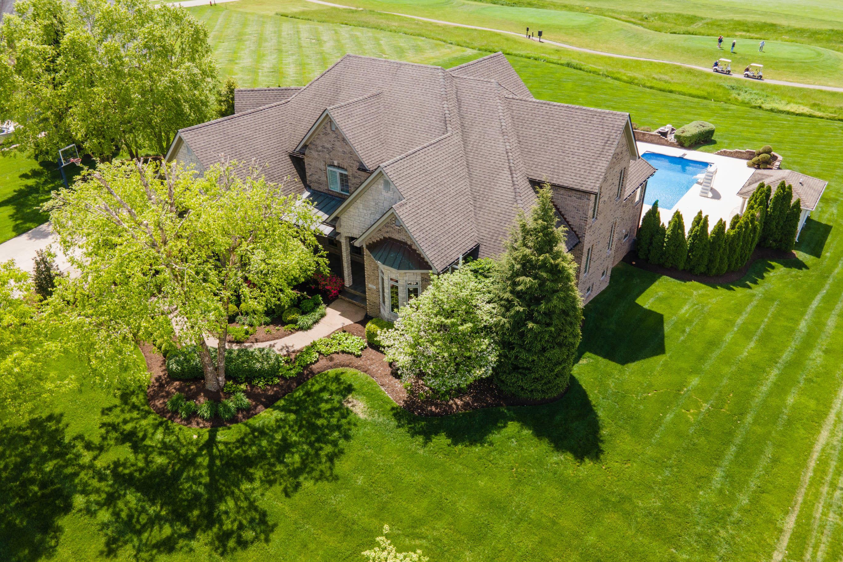 203 Golf Club Drive Property Photo 1