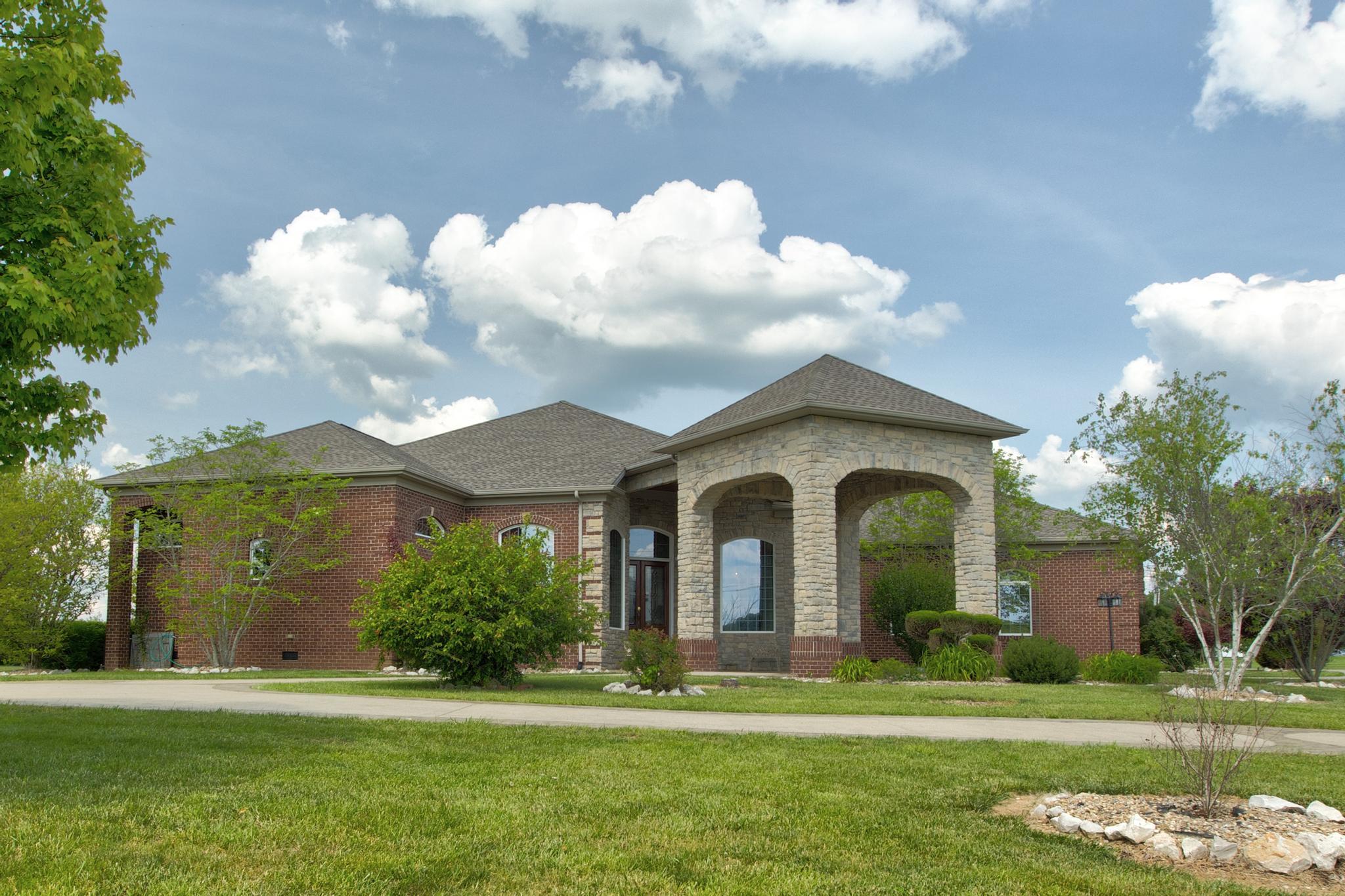 7200 Main Street Property Photo 1