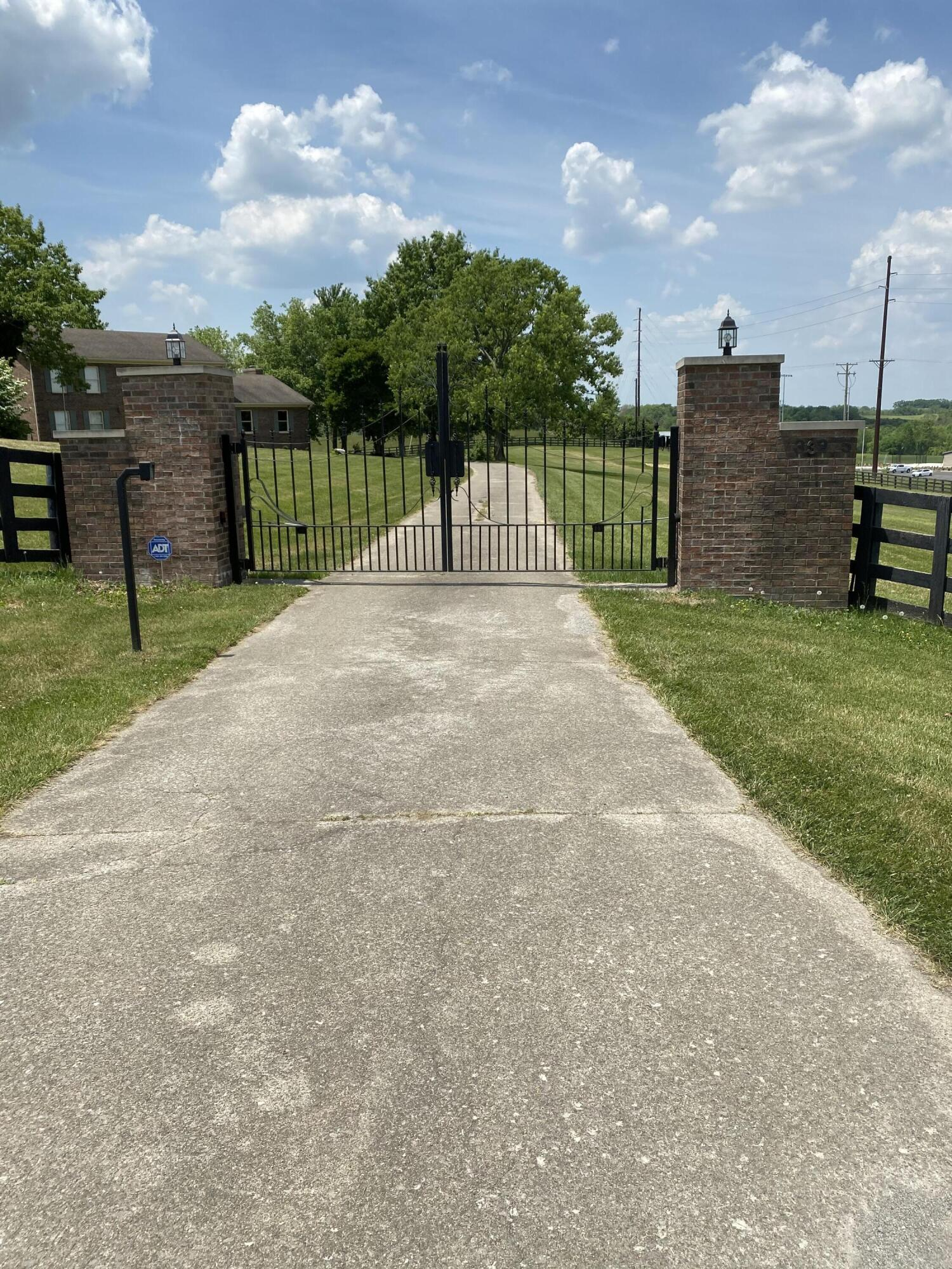 3325 New Boonesboro Road Property Photo 1