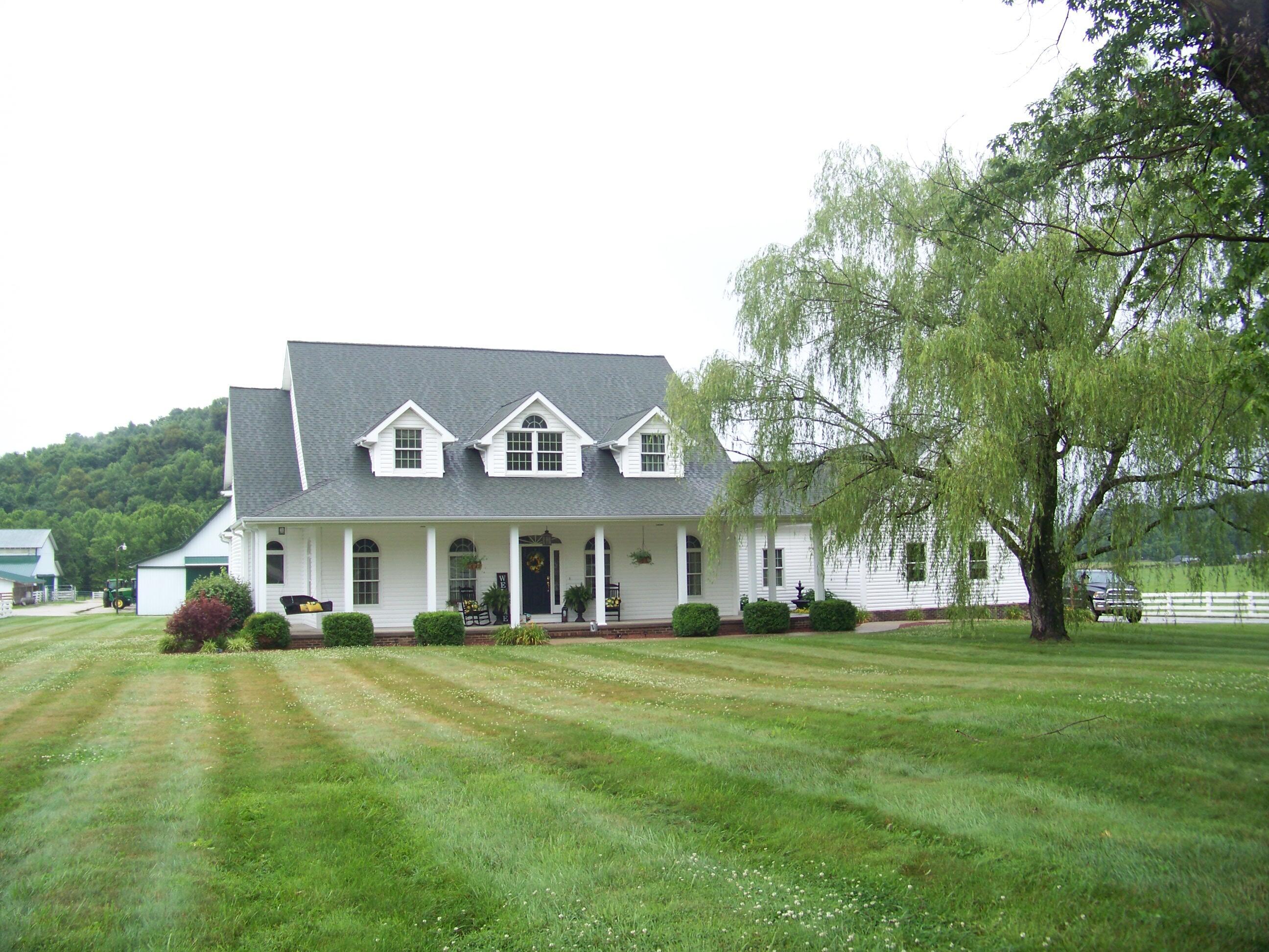7857 Hwy 460 Property Photo 1