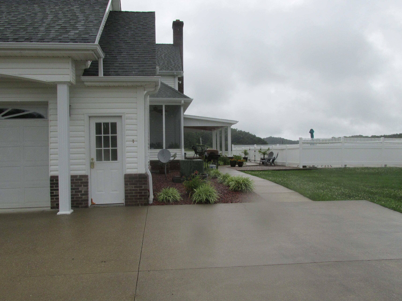 7857 Hwy 460 Property Photo 54