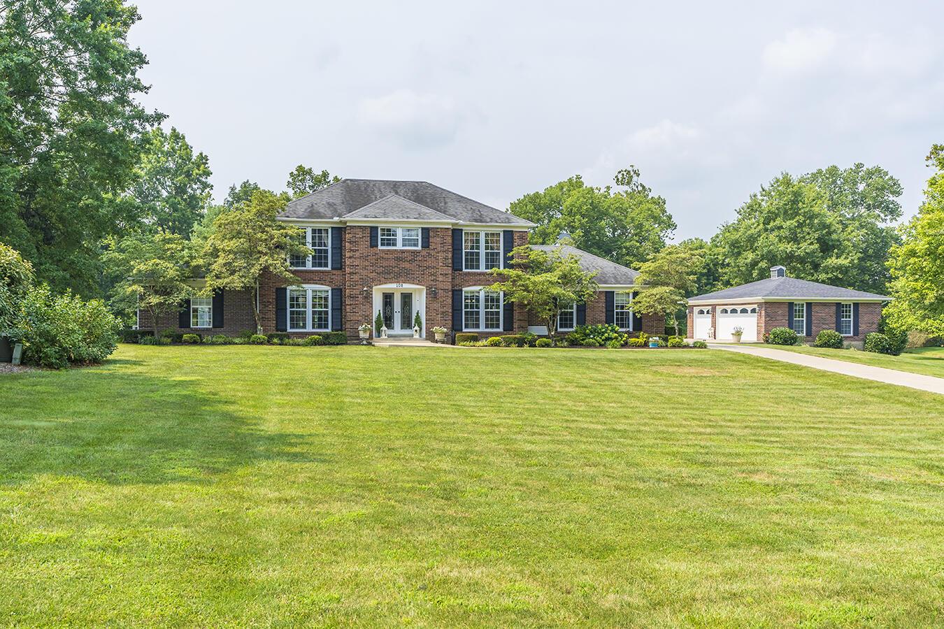 108 Creekside Drive Property Photo 1