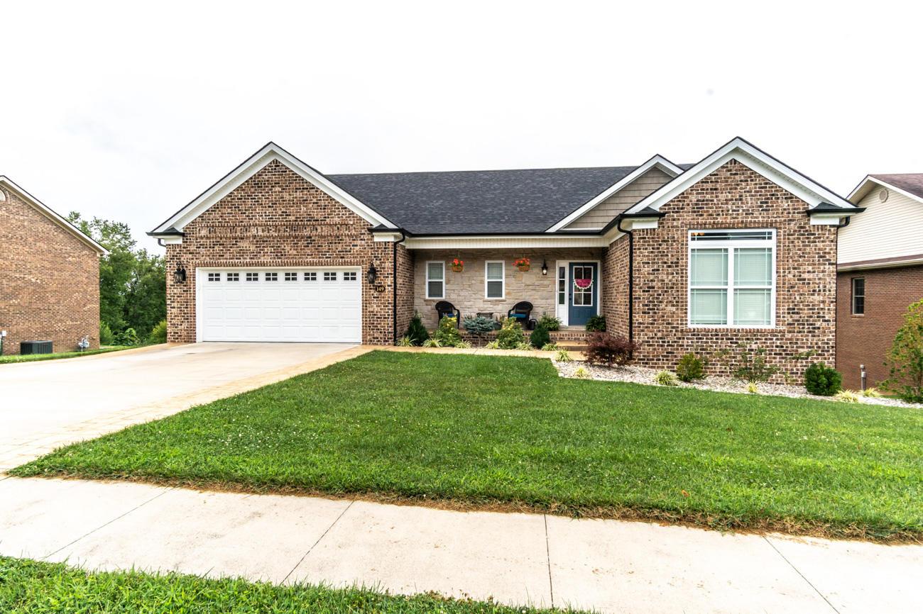 149 Castlewood Drive Property Photo 1