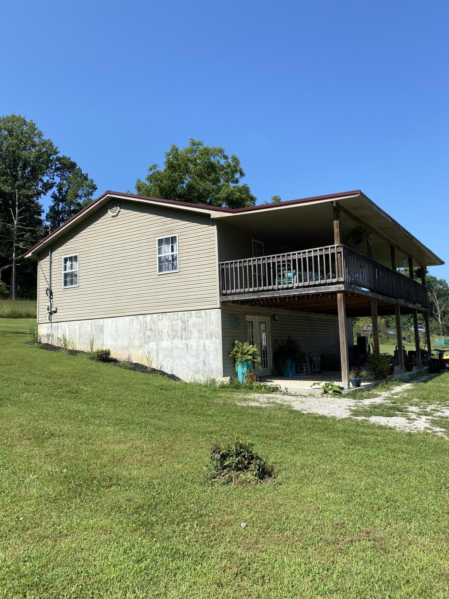10632 Lower Line Creek Road Property Photo 1