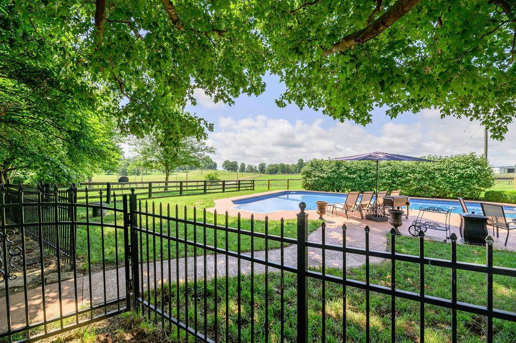3589 Spurr Road Property Photo 47