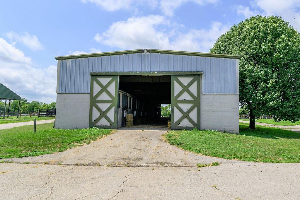 3589 Spurr Road Property Photo 49