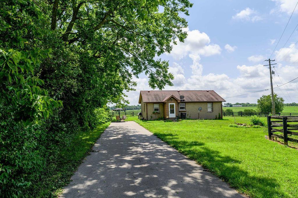 3589 Spurr Road Property Photo 56