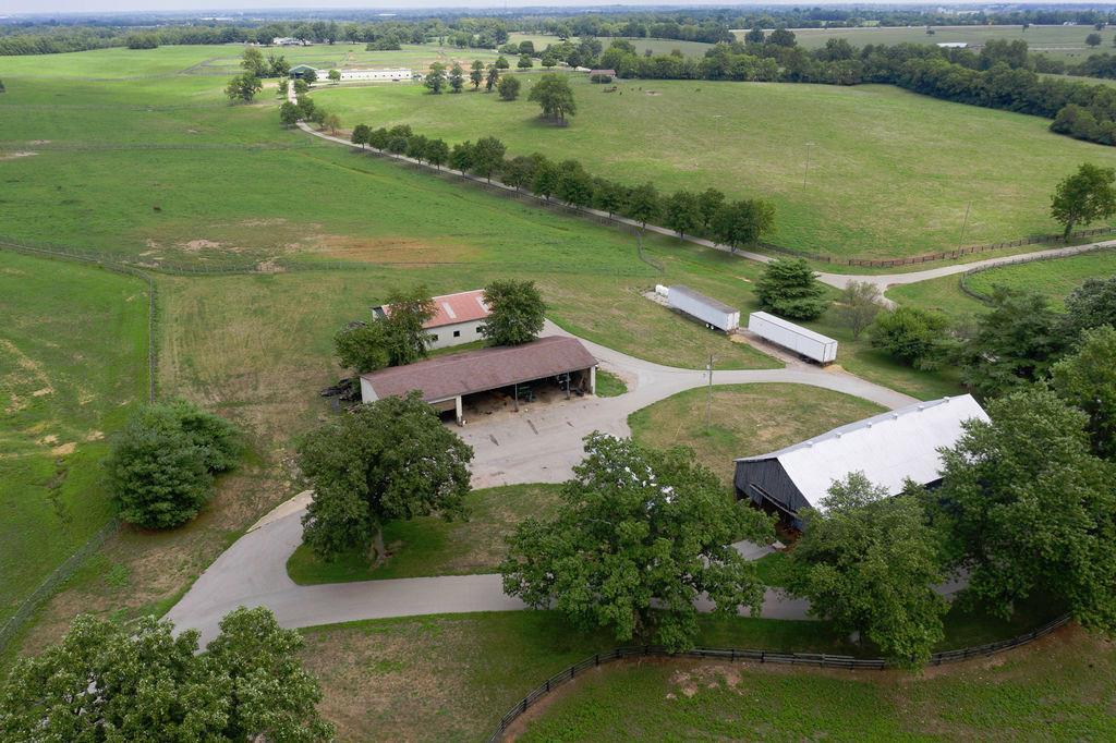 3589 Spurr Road Property Photo 74