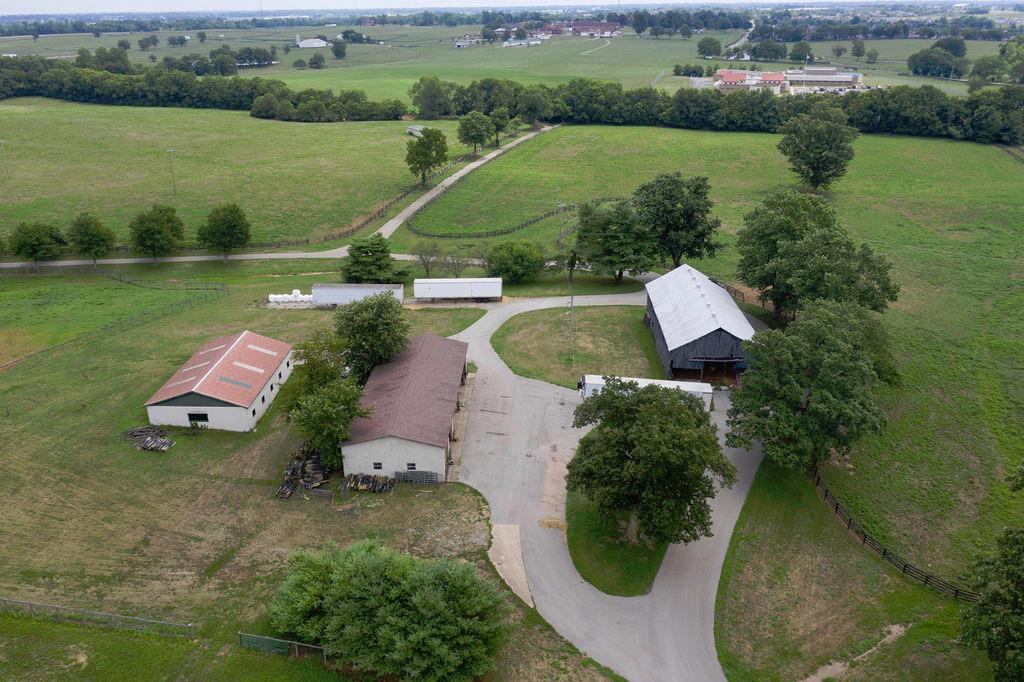 3589 Spurr Road Property Photo 75