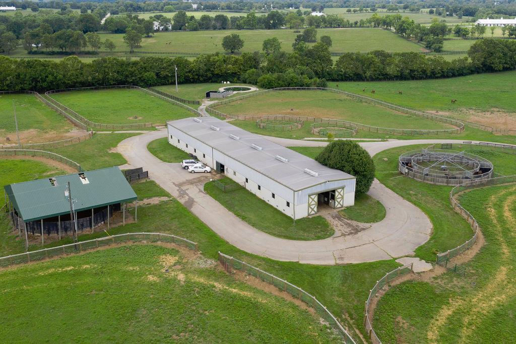 3589 Spurr Road Property Photo 78