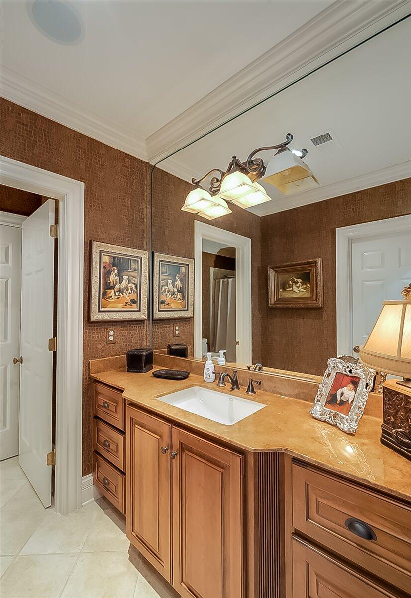 1492 Champion Way Property Photo 73