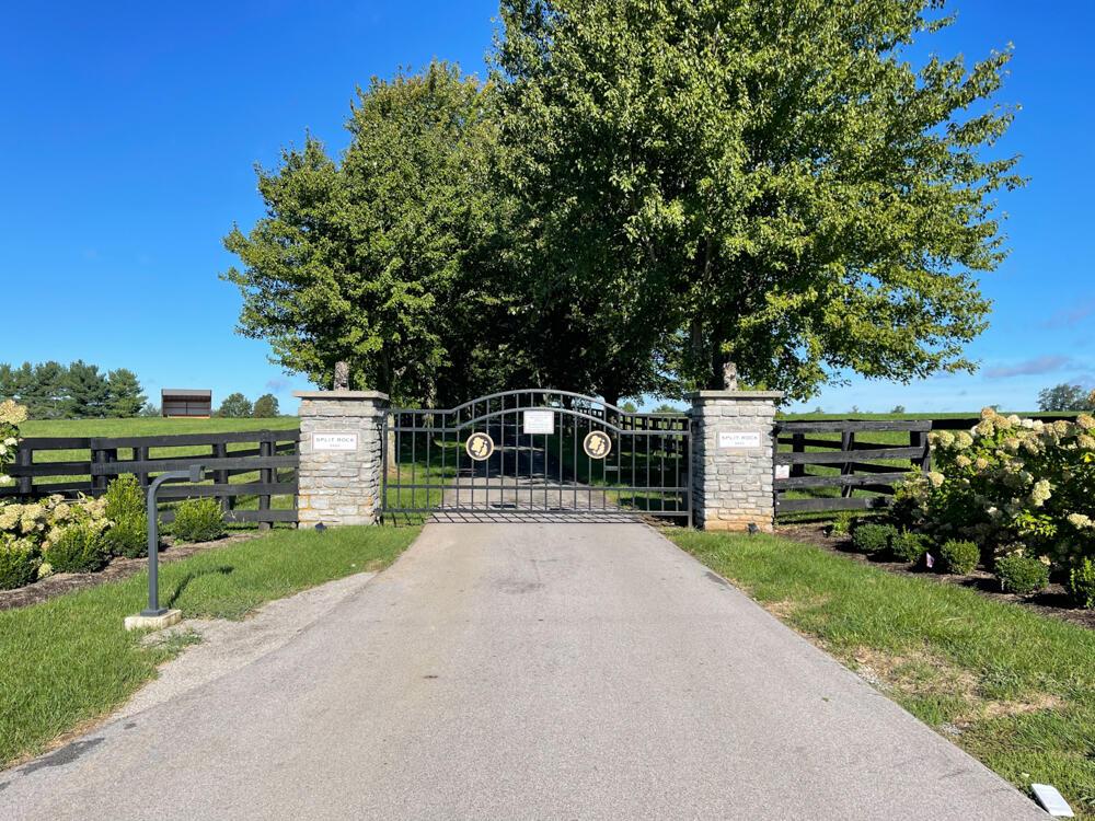5401-5425 Greenwich Pike Property Photo 4