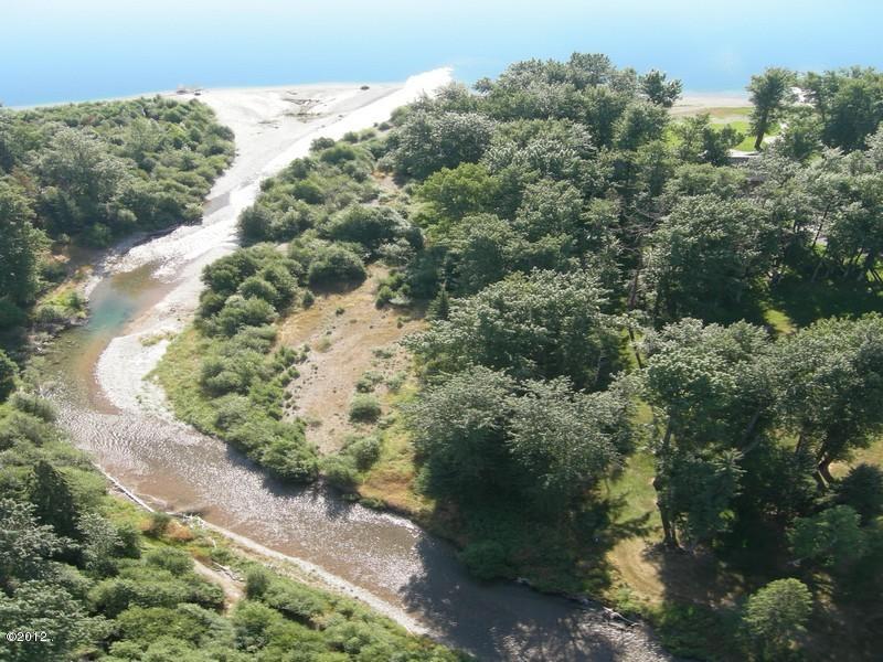 405 Delrey Road Property Photo 2