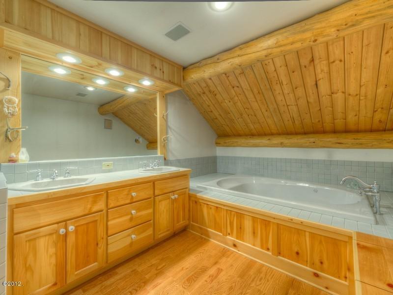 405 Delrey Road Property Photo 45