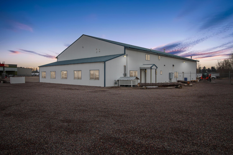 3154 U.s. Hwy 2 E Property Photo 1