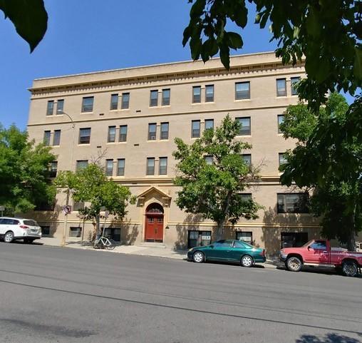 206 W Lawrence Street W Property Photo 1