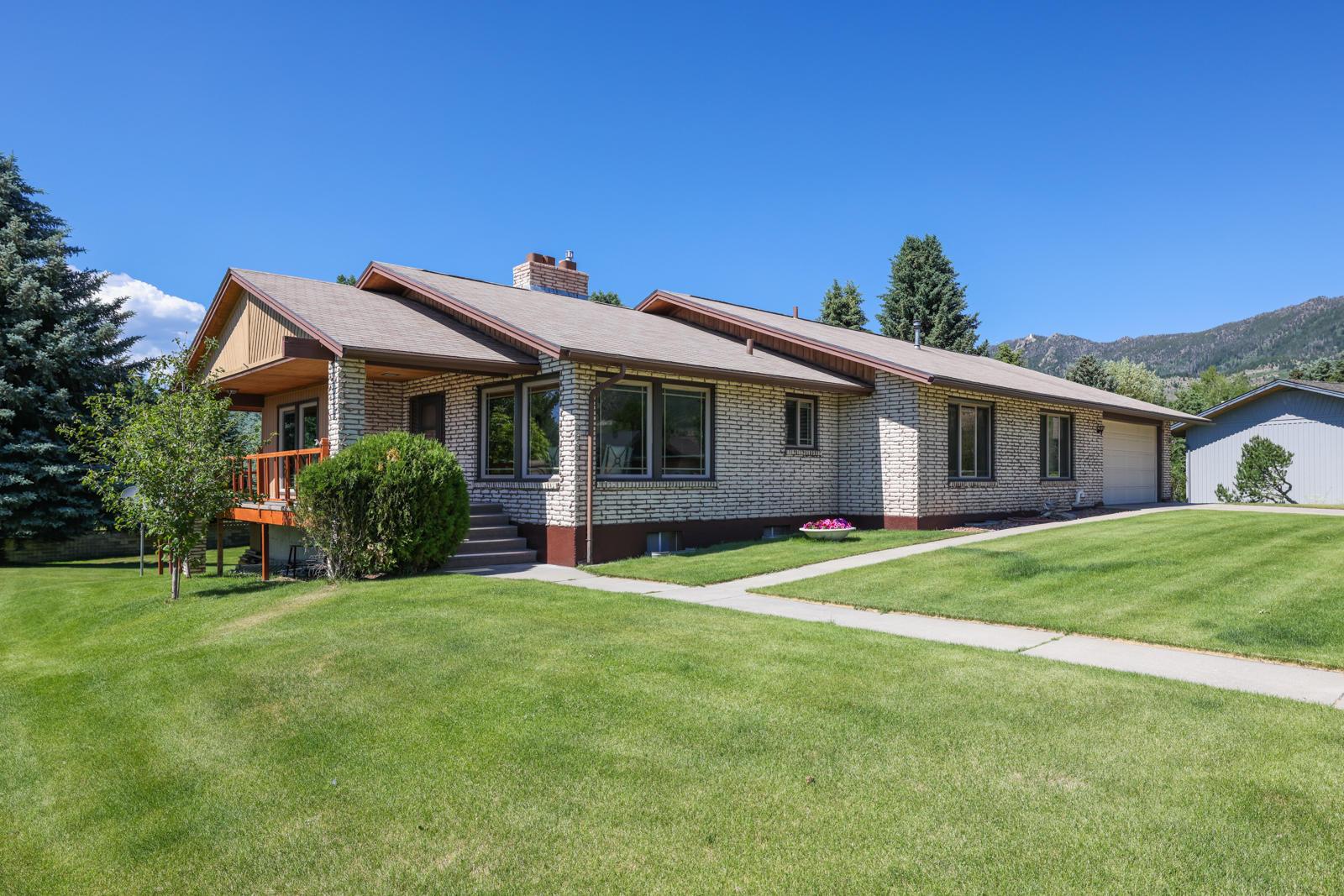 1 Cedar Lake Drive Property Photo 1