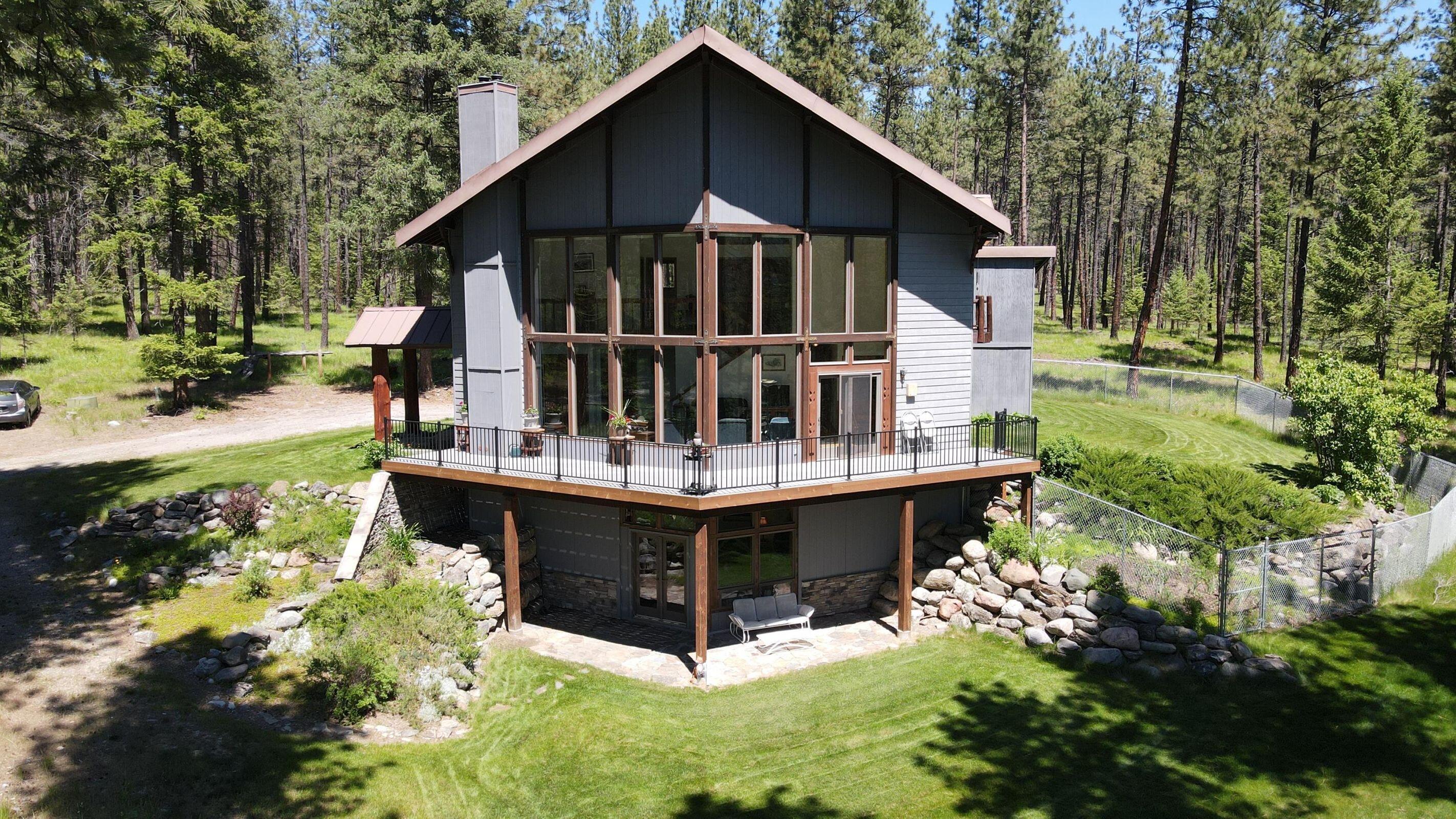290 Paradise Place Property Photo 1
