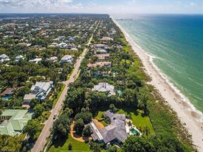 275 Gulf Shore Blvd N Property Photo 1