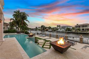 233 Mermaids Bight Property Photo - NAPLES, FL real estate listing