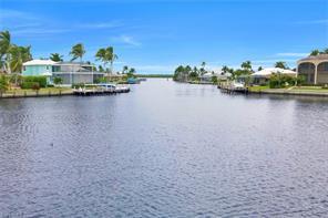 214 Grapewood CT Property Photo - MARCO ISLAND, FL real estate listing